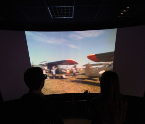 Virtual and augmented reality room to develop new simulation Technologies and applications in aerospace processes