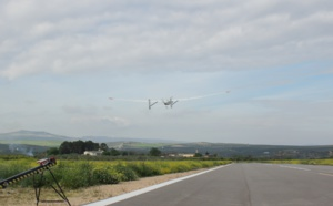The ARIANE consortium has successfully completed the first simultaneous flight of a civil RPAS and manned aircraft in a Spanish airport